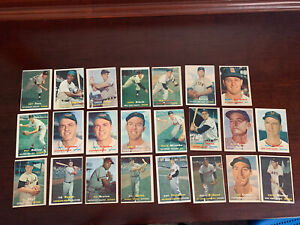 1957 Topps Baseball Lot of 23 cards ~ EX Condition ~ All Cards Pictured