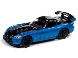1/64 JOHNNY LIGHTNING CLASSIC GOLD 2008 Dodge Viper SRT10 in Bright Blue Metalli