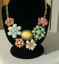 Colorful Gracious Resin Lucite Neon Beads Bib Statement Charm Pendant Necklace