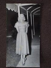 BOB HOPE 1950 USO TOUR - MARILYN MAXWELL Vtg PHOTO #2