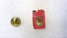 Pin's BIDON HUILE ANTAR 15 W 50 ESSENCE ROSE