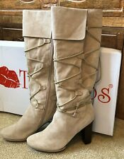 TWO LIPS KARLIN Cuff L Up TASSEL Beige Suede Staked Heel Boot-size 9-Awesome!