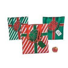 Emballages et paquets cadeaux verts noël
