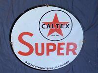 """VINTAGE 1961 """"TEXACO CALTEX SUPER GASOLINE"""" 30"""" PORCELAIN METAL SSP GAS OIL SIGN"""