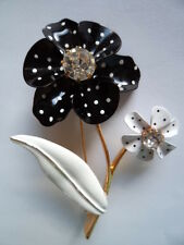 Vintage Signed Avon Black and White Flowers Brooch/Pin  Large