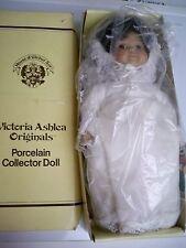 VICTORIA ASHLEA ORIGINAL WINDUP  MUSICAL BRIDE DOLL IN WEDDING DRESS PORCELAIN