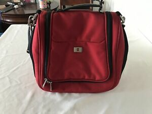 Victorinox Insulated Bag Case Interior & Bottle Pockets Red TS0