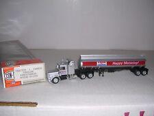 "CON-COR #1032  Kenworth 10 Wheel Cab w/Tank Trailor ""Exxon"" Built-up H.O."