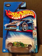 2004 Hot Wheels #175 Wastelanders : Tire Fryer - B3769