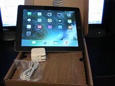 Apple iPad 2 32GB, Wi-Fi, 9.7in - Black (MC955LL/A)