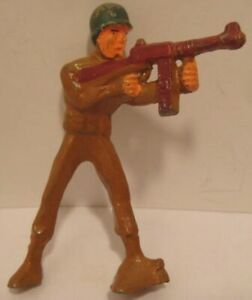 Old 1945 Rare Manoil X Line Military Soldier Tommy Gunner Machine Gun - thin!