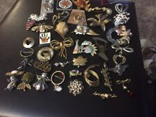 Large Lot Of 30+ Vintage To Modern Pin Brooch. Pearls Rhinestone Mix. #8