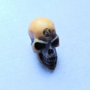 Alchemy Gothic Vault Small Alchemist Lapillus Worry Skull Resin Pocket Charm V2