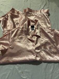 Secret Treasures Satin Pajama Set 2 Piece Short Sleeve Capris Cropped Large