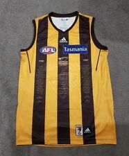 NEW OFFICIAL HAWTHORN HAWKS 25 YEARS BACK TO BACK 88 89 JUMPER GUERNSEY SIZE:M