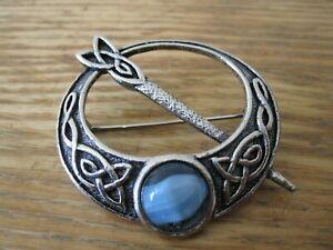 Silver Scottsh Penannular Celtic 2249 Badge Brooch Pin