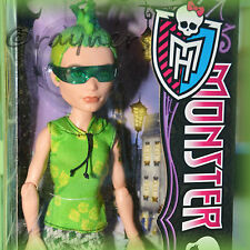 New  Monster High Deuce Duece Gorgon Doll Scaris Doll Mattel Y0395