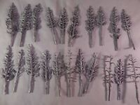Vintage HO Scale Accessories Lead Trees Bushes Lot of 21