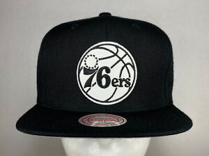 Mitchell and Ness NBA Philadelphia 76ers Black & White Wool Snapback Hat