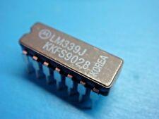 (1) MOTOROLA LM339J ANALOG QUAD DIFFERENTIAL COMPARATOR 14 PIN CERAMIC DIP