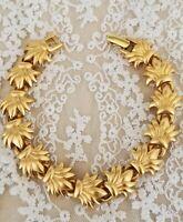 Vintage bracelet Signe* Monet*Gold Tone leaf Link Ribbed Chain
