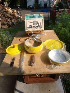 Vtg Retro Yellow Roysl Crest Gourmet Fondue Set