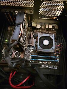 ASUS Sabertooth 990FX R2.0, AM3+, AMD 990FX ATX Motherboardw/ FX-8350 CPU
