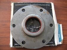 1965 66 67 68 69 70 71 72 73 74 Chevy GMC Med Duty Truck Pinion Bearing Retainer