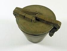 La antigua frase peso de latón 463 gramos, de hace 1900 pesos Biedermeier