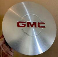 #519A GMC SIERRA YUKON XL 99 00 01 02 03 CENTER WHEEL COVER PIECE HUB CAP HUBCAP