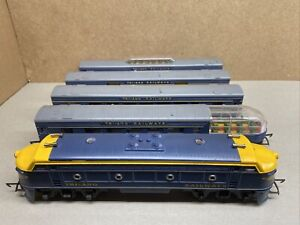 Tri-ang Railways Transcontinental Train Pack with lights and observation coaches