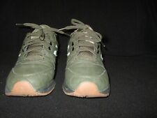 New Balance shoes mens size 11.5 D barely used excellent walking army green