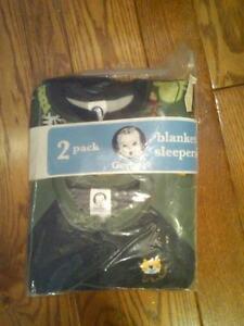 NWT 2 TODDLER BOYS GERBER FLEECE BLANKET SLEEPERS GREEN JUNGLE ANIMALS 4T