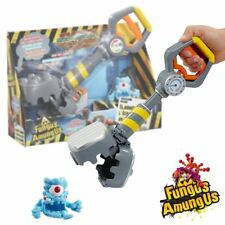 New Fungus Amungus Slammer Hammer & Superbug Figure Official