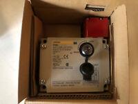 Omron D4BL-3CRB 230VAC NSFP * GENUINE *