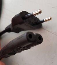 EU 2 Pin Cable figura 8 0.5 M Para Caja De Cielo/Portátil/Estéreo/PS2 250 V 2.5 A