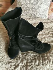 LADIES BLACK WEDGE BOOTS, SIZE 6, NEW