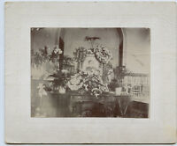 Antique Photo - MADER Family - Memorial Type / Flowers - Photo (Gertrude)