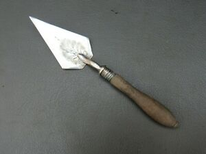 Antique Victorian silver plated butter trowel with wooden handle