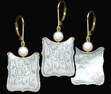 14k Lever-Back Bezel Drop Scalloped Earrings. c1770 CHINE.Engvd.FLOWER Mo'PEARL