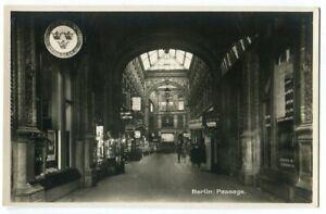 Ak Berlin Mitte Passage Geschäfte Reisebüro Foto-Ak um 1930