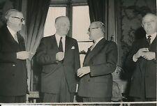 Guy Mollet c. 1956 - 6 Photos Homme Politique Français - LPR 4
