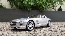 Maisto Mercedes SLS AMG 1:18/ Maisto Special Edition