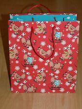 1 Geschenktasche - rot-bunt - Weihnachtsmotiv Elche/Renntiere - witziges Motiv