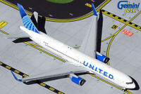United Airlines 767-300ER N676UA Gemini Jets GJUAL1921 Scale 1:400 IN STOCK