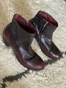 Officine Creative Black / Red Ombre Leather Zipper Ankle Boots Size 39 / 8.5 :)