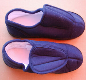 Memory Foam Slippers   Adult  Unisex Navy Blue   Assorted Sizes  S6339