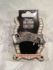 Disney DSF GSF Mickey Mouse Get A Horse LE 400 Surprise Pin