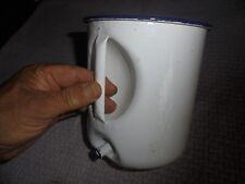 Ancien Vase ou Pot à Lavement en Tôle Emaillée Pot de fleur de Terrasse à Pendre