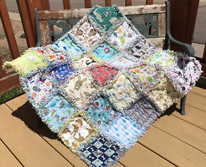 RAG QUILT I SPY throw quilt Neutral 25 different prints handmade in USA  #49n